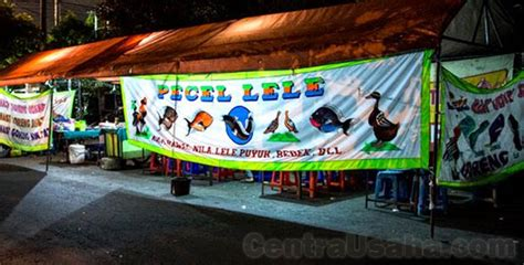 Tenda Warung Kaki Lima Daftar Tempat Makan Legendaris Yang Pasti Sering Didatangi