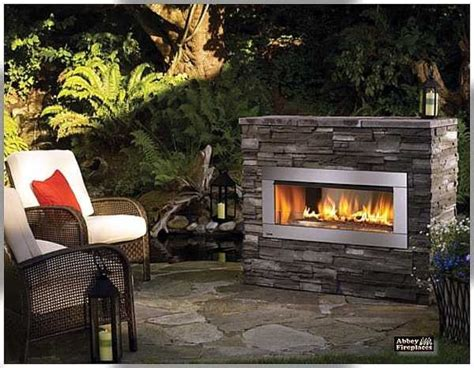 Back To Back Fireplaces by Small Fireplace Back Patio Backyard