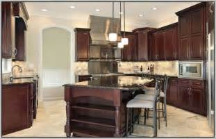 Kitchen Wall Colors With Cherry Cabinets by Paint Colors For Kitchen Walls With Cherry Cabinets