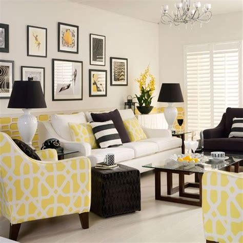 Yellow Themed Living Room Yellow Monochrome Living Room Decorating With Monochrome