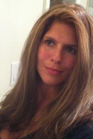 elizabeth hiley looks 'exactly' like supermodel kristina