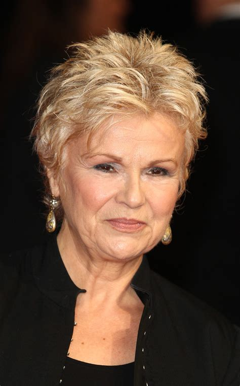 julie walters hairstyle julie walters in the harry hill movie premieres in