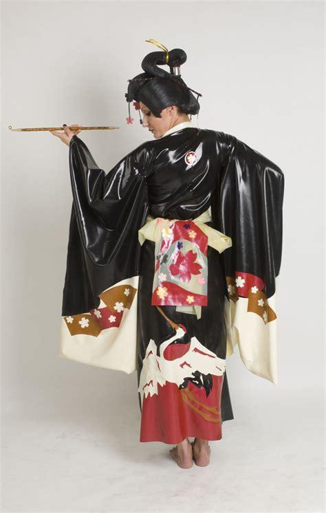 crane kimono dawnamatrix latex clothing