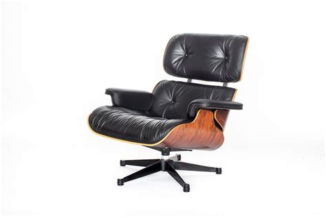 Charles Eames Lounge Chair For Sale by Vintage Eames Lounge Chair By Charles Eames For