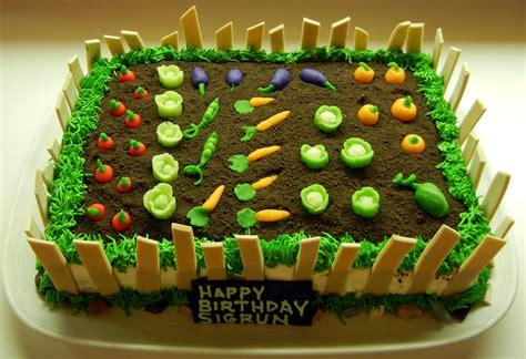 Gardening Cake Ideas Ronna S Garden Cake
