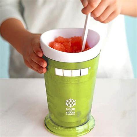 Zoku Slush Shake Maker Gelas Pembuat Es 1 zoku smoothie milkshake maker cup gelas pembuat es green jakartanotebook
