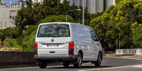 volkswagen caravelle 2016 2016 volkswagen transporter tdi340 review caradvice