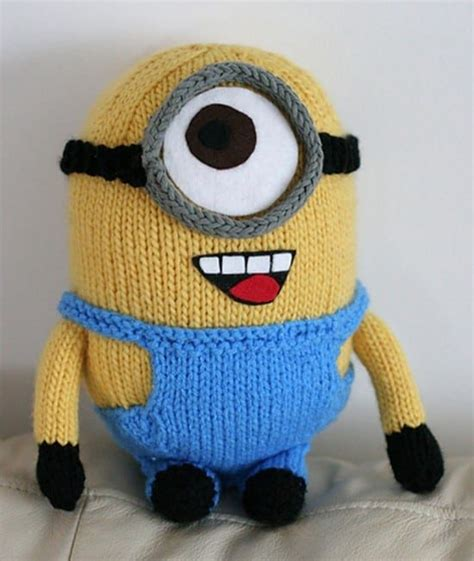 free knitting patterns minions minion crochet pattern top pins cutest ideas