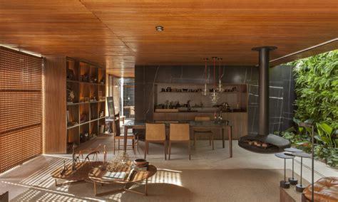 Sichtschutz Fenster Offen holzgitter als sichtschutz f 252 r innen in einem luxushaus
