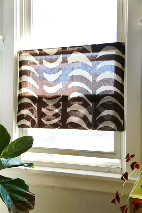 curtains that cover bottom half of window 15 original ways to customize your window treatments