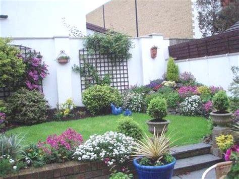 imagenes de jardines con gramineas decoraci 243 n de jardines y patios peque 241 os
