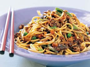 guyanese chow mein evolved from the chinese recipe because