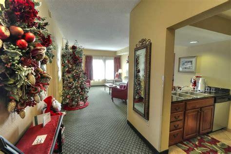 2 bedroom suites in gatlinburg tn suites in pigeon forge tn with 2 bedrooms 28 images 2