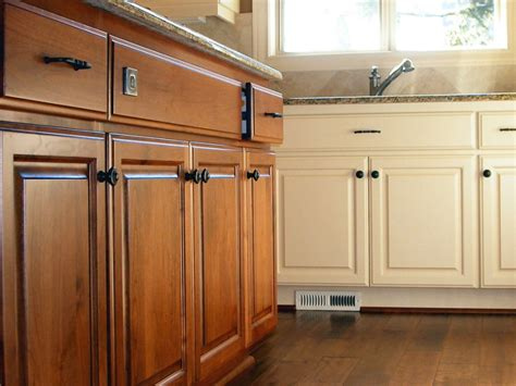 Kitchen Cabinet Refinishing Diy Refinishing Kitchen Cabinets Tips And Ideas Tips And Inspiration Home Ideas