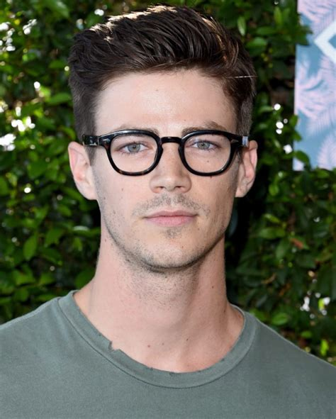 Best Hairstyles With Glasses by Hairstyles For And Boys With Glasses 2015 2016