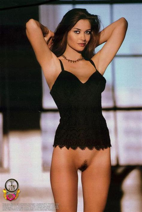 Naked Pictures Of Catherine Zeta Jones