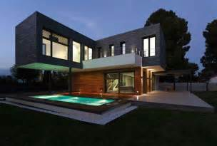 Modern Box House Notable Contemporary Design Approach Mariam House In