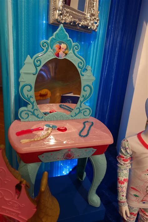 Frozen Vanity disney consumer products previews products laughingplace