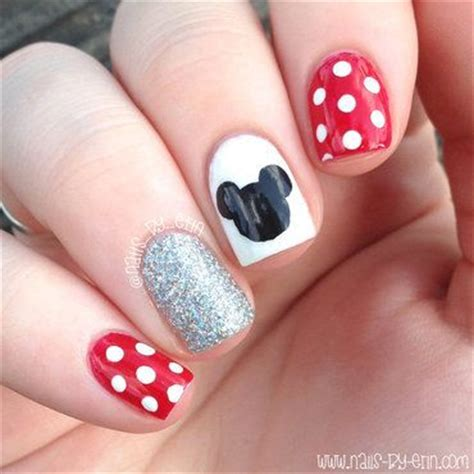 disney pattern nails 17 best images about disney nails on pinterest olaf