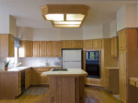 traditional kitchen design  blonde wood traditional