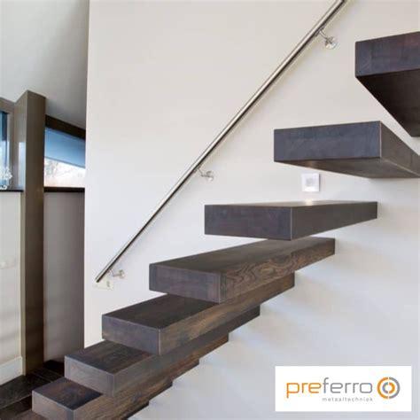 wenteltrap installeren stalen trappen preferro metaaltechniek