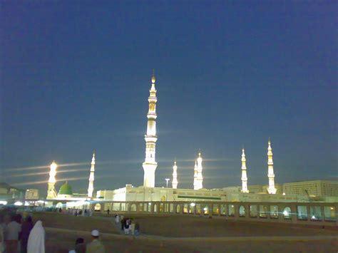 medina saudi arabia file masjid nabawi medina saudi arabia 2 jpg wikimedia