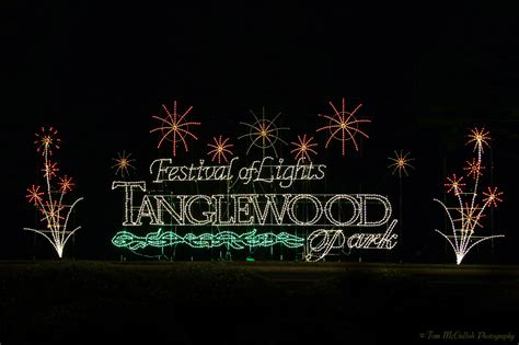 tanglewood lights nc the 2014 tanglewood festival of lights forsyth family