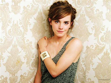 emma watson wallpapers hd celebrities mela emma watson hd wallpapers 2014