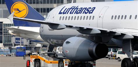 lufthansa cabin crew lufthansa averts cabin crew strike air transport news
