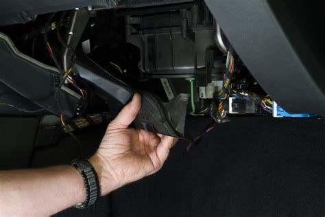 how to replace blower motor resistor bmw 325i bmw diy replacing 3 series heat and ac blower motor and or stage resistor e90