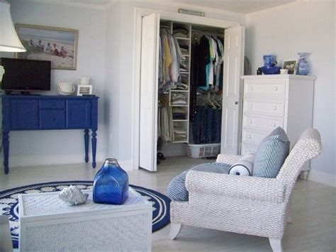 cape cod bedroom marthas vineyard cape cod closet design traditional