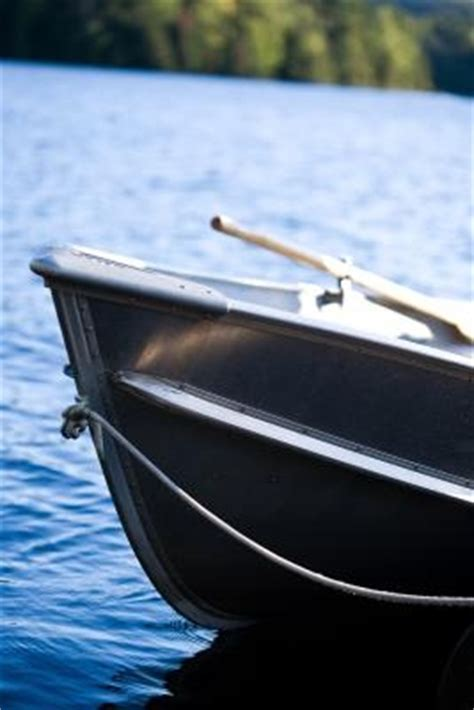 paint your aluminum boat how to paint aluminum boats gone outdoors your