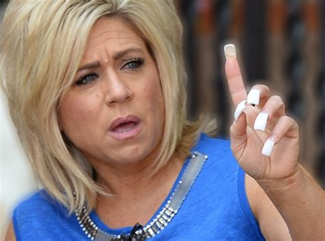 is teresa caputo the long island mediums mother alive long island medium theresa caputo slammed in hometown