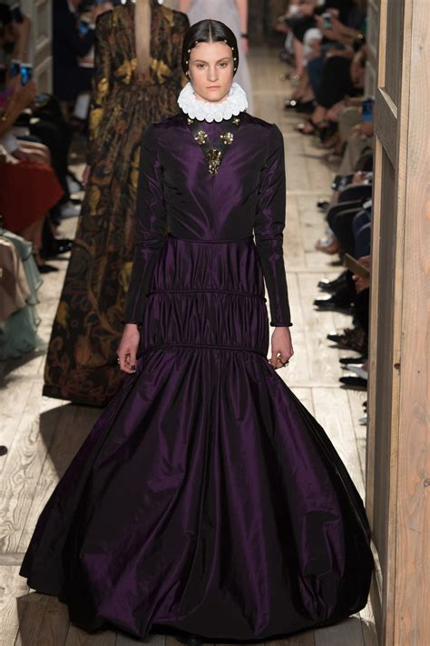 Fall Trend Alert Belted Purple Dresses by Purple Dresses For Fall 2016 Couture Shows Inspiration