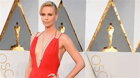 Oscars 2008 The Looks That Stole The Show by Feature