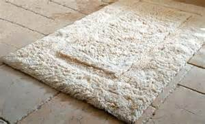 Can You Wash Bathroom Rugs Luxury Non Skid Bath Rug Wholesale Linens Bedding Collections B B Supplies Resort Inns Hotels