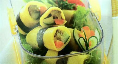 Minyak Kemiri Nori berikut resep dan cara membuat telur gulung isi daging sayuran