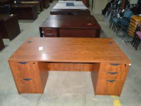 Office Desk For Sale Near Me Used Office Desk Used Desks Office Furniture Warehouse