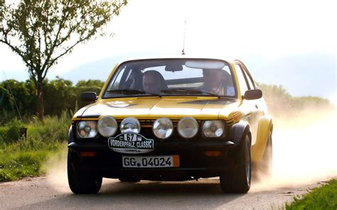 Classic Opel Cars by Opel Racing Cars Wallpapers And Photos Opel