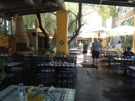 Mexican Restaurants With Patio by Fresh Chips Salsa Picture Of El Encanto Mexican Patio