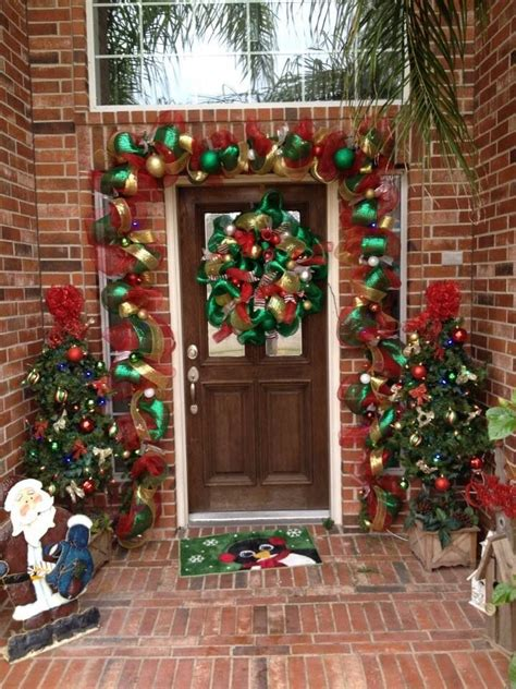 deco mesh garland   front door christmas