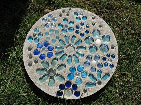 Handmade Stepping Stones - 25 best ideas about stepping stones on