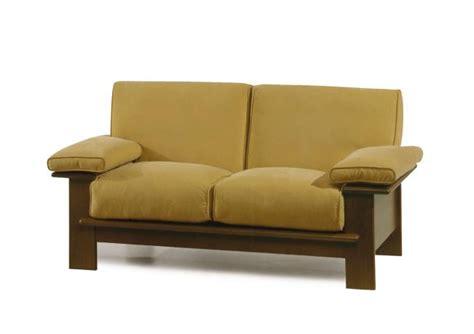 divano legno outlet divano con struttura in legno berto shop
