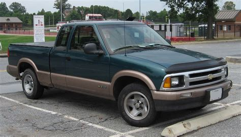 file 94 97 chevrolet s10 jpg wikimedia commons