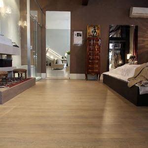 piso madeira pisos de madeira pisos para decks e laminados leroy merlin