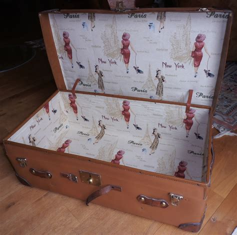 schublade mit stoff auskleiden verschiedene koffertruhen und truhen zeitreise bamberg