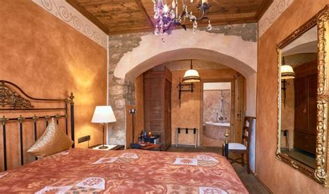 hotel gothisches haus historische und komfortable zimmer im hotel gotisches haus