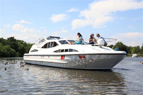 fishing boat hire broads fair emperor boating holidays norfolk broads direct