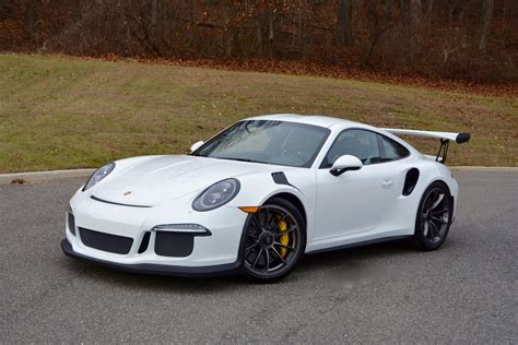 2016 2016 Porsche 911 Gt3 Rs In White With Black Gt Silver