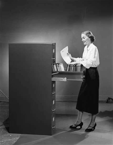 segretarie in ufficio foto segretarie vintage simbolo di un epoca 3 di 26 d